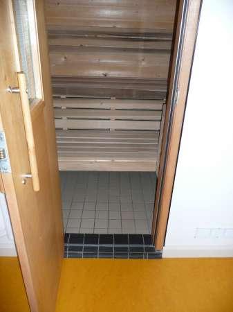003 sauna 2